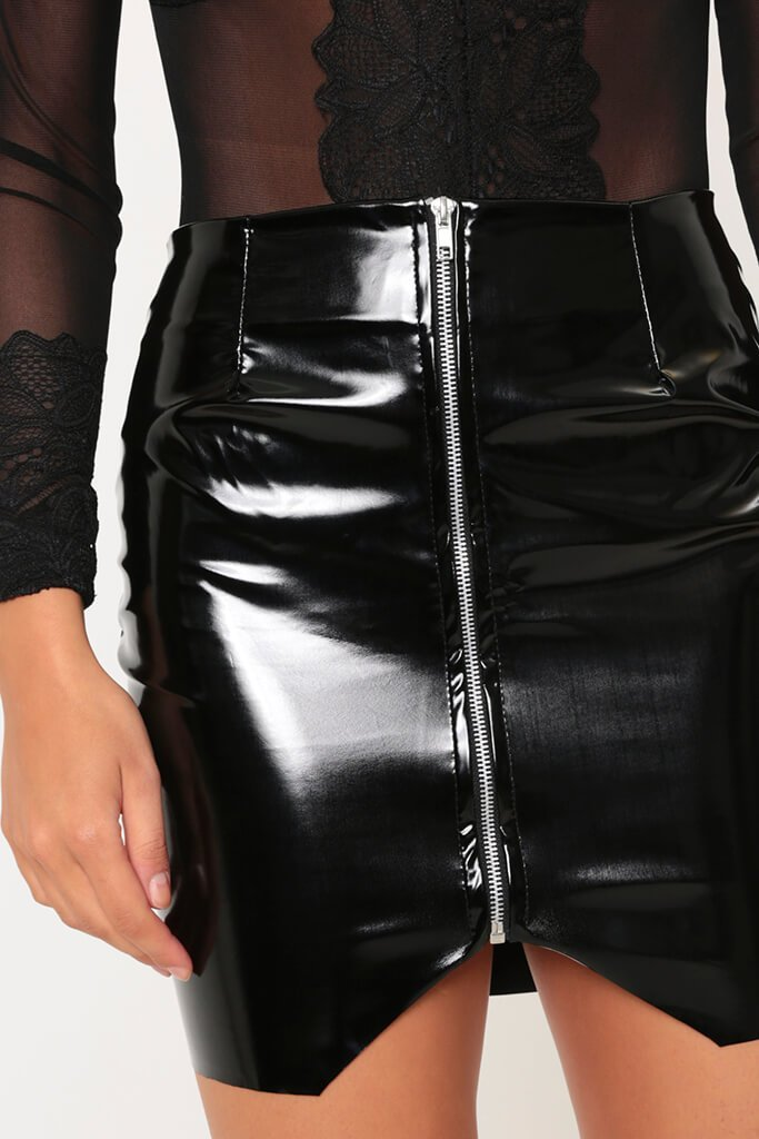 020492d2d44b1 Black Vinyl PVC Chrome Zip Front Faux Leather Skirt Size UK 8 / UK 10 FREE  DELIVERY